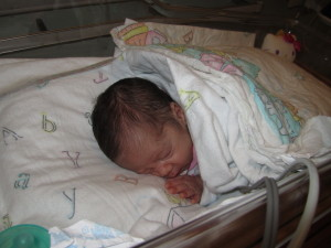 Victoria (born at 33 weeks,   )